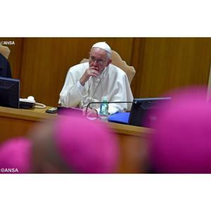 Đức Thánh Cha chủ tọa phiên họp đầu tiên của Thượng HĐGM 14