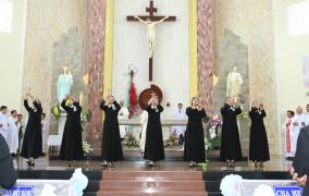Hội Dòng Mến Thánh Giá Bà Rịa: 7 nữ tu Khấn Trọn đời