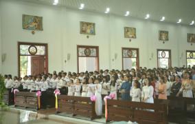 Giáo xứ Vinh Châu: Thánh lễ Tuyên hứa Vào Đời
