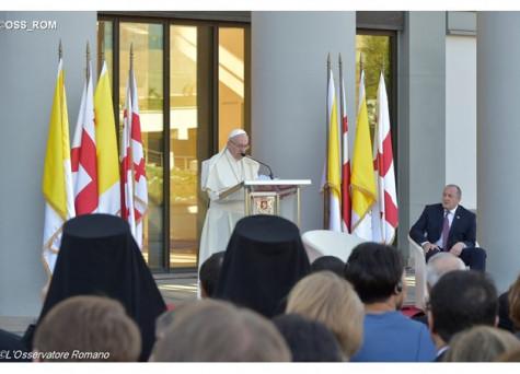 Đức Thánh Cha bắt đầu viếng thăm Cộng hòa Georgia
