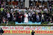 Đức Thánh Cha thăm khu phố nghèo tại Milano
