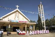 Tin ảnh: Giáo xứ Kim Long: Chầu Thánh Thể thay Giáo phận