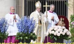 Đức Thánh Cha cử hành Lễ Phục Sinh tại Quảng Trường Thánh Phêrô