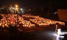 Tin ảnh: Giáo xứ Hữu Phước: Đường Thánh Giá và Phụng vụ Đêm Vọng Phục Sinh 2017
