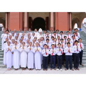 Giáo xứ Long Điền:  Đức Cha Emmanuel ban Bí Tích Thêm Sức cho 55 em thiếu nhi