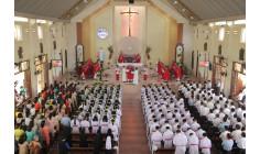 Giáo Xứ Hữu Phước:  Thánh Lễ ban Bí Tích Thêm Sức cho 123 em thiếu nhi trong và ngoài Giáo xứ