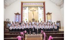 Tin ảnh: Giáo xứ Mai Khôi: 42 em thiếu nhi Rước Lễ Lần Đầu