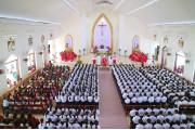 Giáo xứ Phước Bình: Đức cha Emmanuel ban Bí tích Thêm sức cho 356 thiếu nhi