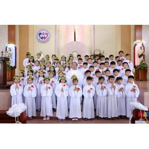Tin ảnh: Giáo xứ Hữu Phước:  59 Thiếu nhi Rước Lễ Lần Đầu