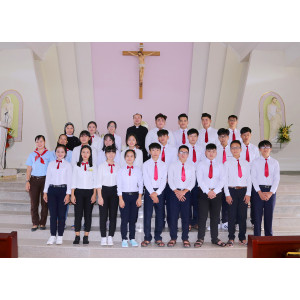 Giáo xứ Long Kiên: Thánh lễ tuyên hứa Bao Đồng của 22 em thiếu nhi trong giáo xứ