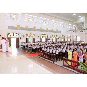 Tin ảnh: Giáo xứ Châu Pha: Thánh lễ ban Bí tích Thêm sức