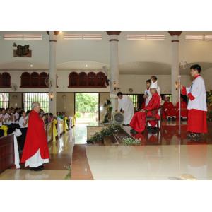 Tin ảnh: Giáo xứ Hòa Xuân: Thánh lễ ban Bí tích Thêm sức