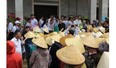 Hội đồng Giám mục Việt Nam cứu trợ nạn nhân bão lụt tại giáo xứ Đông Yên và giáo xứ Quý Hòa