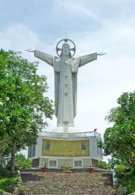 Tượng đài Chúa Kitô Vua – Vũng Tàu: Thánh lễ trọng thể kính Chúa Kitô – Vua Vũ trụ
