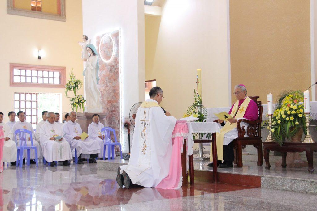 Giáo xứ Phú Hà: Đón chào Cha Tân Chánh xứ Phêrô Trần Quốc Dũng