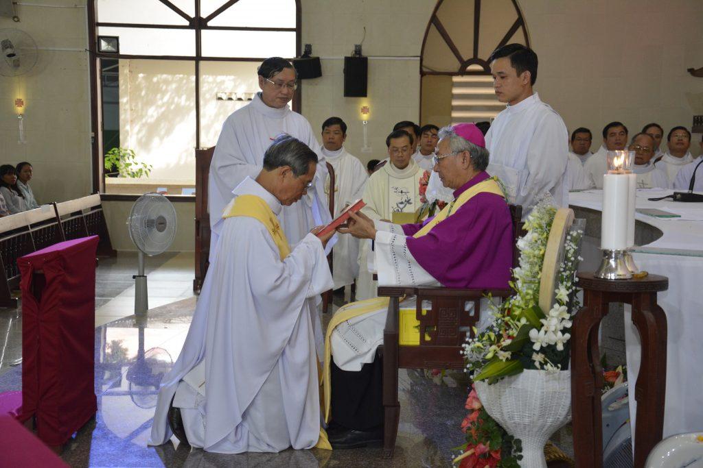 Giáo xứ Ngãi Giao: Chào đón Cha Tân Chánh xứ Phanxicô Xaviê Đinh Huỳnh Phùng