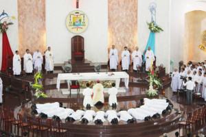 Thánh lễ mừng Bổn mạng Giáo phận và Truyền chức Linh mục 01/01/2013