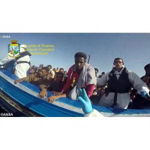 Đức Thánh Cha chọn đề tài Ngày Thế Giới di dân và tị nạn 2016