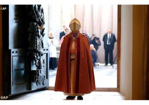 Đức Thánh Cha mở Cửa Năm Thánh Đền thờ Thánh Gioan Laterano