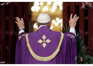 Đức Thánh Cha khai mạc Năm Thánh Lòng Thương xót tại Cộng hoà Trung Phi
