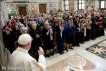 Đức Thánh Cha kêu gọi tăng cường sự hiện diện và hoạt động của phụ nữ