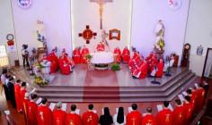 Video: Học viện Công Giáo Việt Nam: Thánh lễ khai giảng niên khoá 2017 - 2018