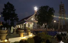 Giáo xứ Láng Cát: Mừng lễĐức Mẹ Vô Nhiễm Nguyên Tội