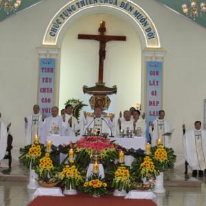 Phái đoàn ngoại giao của Tòa Thánh dâng Thánh Lễ tại Linh Địa La Vang