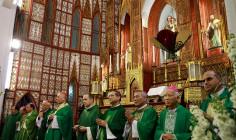 Phái đoàn ngoại giao của Tòa Thánh đến Hà Nội