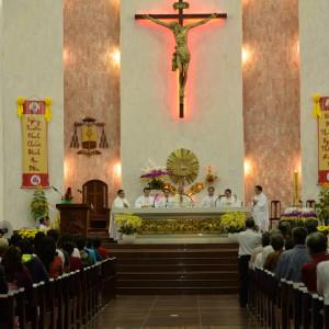 Tin Ảnh: Đức Giám mục Giáo phận dâng lễ giao thừa tại nhà thờ Chánh Toà Bà Rịa