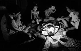 Đừng hủy hoại bữa ăn gia đình chúng ta!