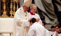 Ngày Thế giới cầu nguyện cho Ơn gọi 2018: Đức Thánh Cha Phanxicô phong chức linh mục cho 16 phó tế