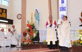 Giáo xứ Phước Thành: Hân hoan chào đón mục tử mới: Cha Phanxicô Xaviê Trần Quốc Tuấn
