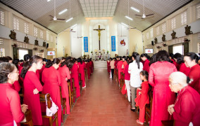 Tin ảnh: Gx. Đức Mỹ: Thánh lễ kính Lòng Chúa Thương Xót