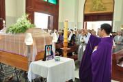 Giáo họ Biệt lập Phú Vinh: Thánh lễ an táng Ông cố Giuse Phạm Văn Thảnh