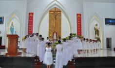 Tin ảnh: Giáo xứ Hòa Sơn: Dâng hoa tôn kính Đức Mẹ