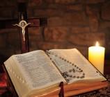 Cộng đoàn có thể đọc Phúc Âm trong Thánh lễ không?