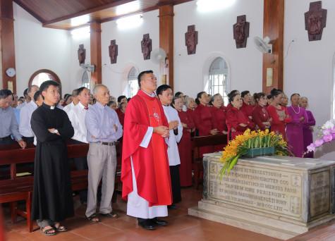 Tin ảnh: Giáo xứ Sơn Bình hành hương Nhà thờ Mồ Bà Rịa