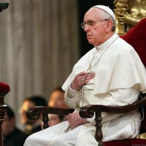 Đức Thánh Cha Phanxicô mời gọi các tín hữu lần hạt cầu nguyện cho Giáo Hội cách đặc biệt trong tháng Mười
