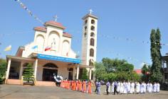 Gx. Văn Côi: Mừng lễ Đức Mẹ Mân Côi và khai mạc ngày Chầu Thánh Thể thay giáo phận