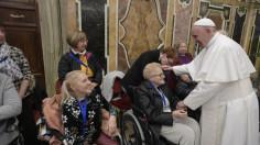 ĐTC tiếp kiến 400 thành viên Phong trào Tông đồ người mù