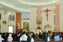 Liên tu sĩ Giáo phận Bà Rịa: Họp mặt tất niên và chúc Xuân Đức cha Emmanuel