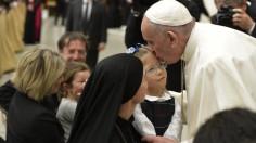 ĐTC Phanxicô: Gọi Chúa là Cha như em bé gọi ba của mình