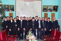 Phái đoàn Giáo phận Vinh chào thăm Đức cha Anphong Nguyễn Hữu Long