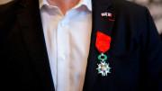 Marin được tổng thống Pháp, Macron trao huân chương Bắc đẩu Bội tinh về việc can đảm chống tệ nạn xã hội
