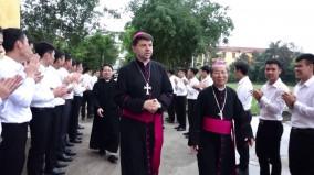 Đức Tổng Giám mục Marek Zalewski thăm Đại chủng viện Thánh Tâm Mỹ Đức Thái Bình