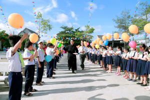 Gx. Long Kiên: Đón chào Cha Tân Chánh Xứ Anrê Nguyễn Hồng Phong