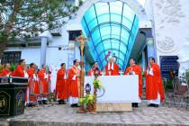 Tượng đài Chúa Kitô – Núi Tao Phùng: Đức cha Giáo phận dâng lễ kính hai thánh Philipphê và Giacôbê tông đồ