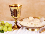 Xem lại việc hát Tung Hô Tin Mừng và Ca Tiến Lễ