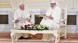 ĐTC gặp gỡ các vị lãnh đạo Chính Thống Rumani